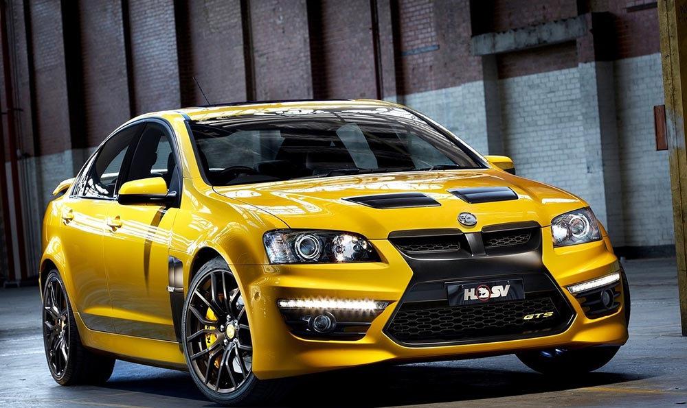 Авто желтого цвета
