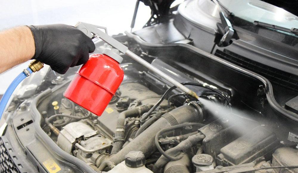 Что такое мойка двигателя паром и какие у ее преимущества и недостатки
