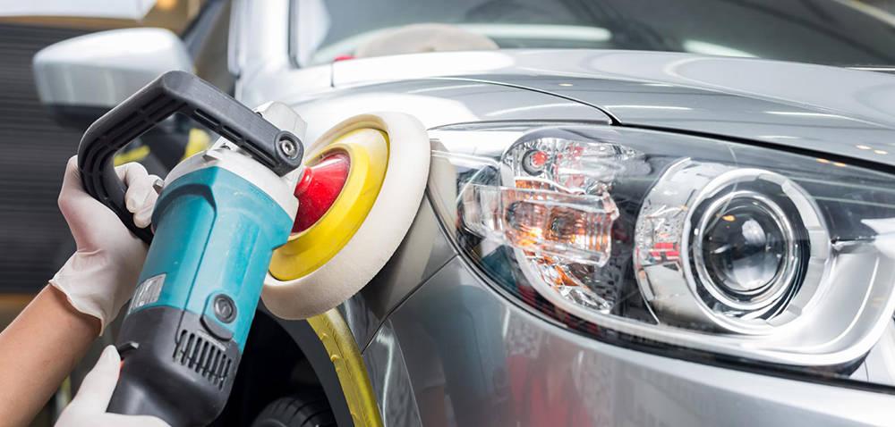 Применение полироли для автомобиля