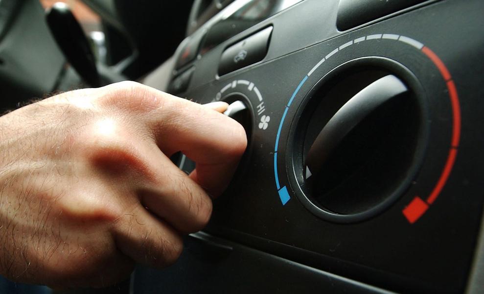 Система рециркуляции воздуха в салоне автомобиля