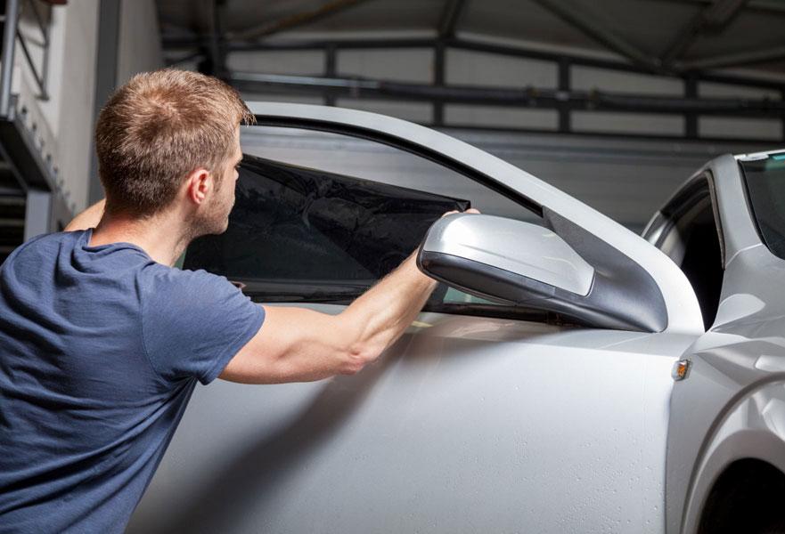 Как выбрать тонировочную плёнку для автомобиля