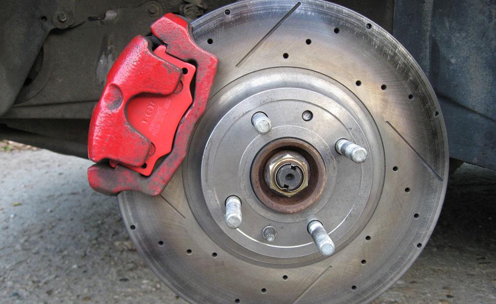 Толщина тормозного диска автомобиля