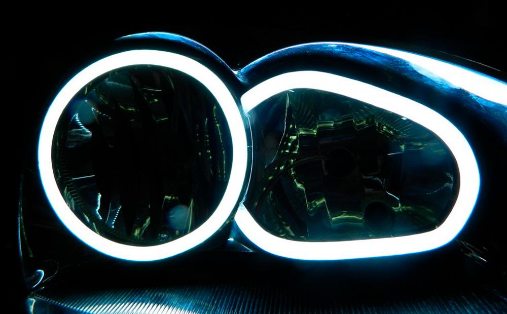 Выбор между неоном и светодиодной технологией
