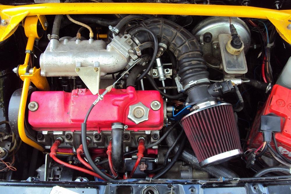 Инжекторный двигатель автомобиля