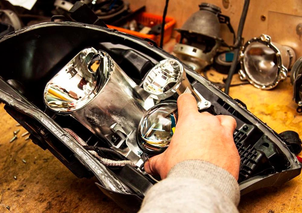 Основной световой прибор