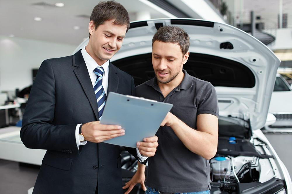 Поведение продавца автомобиля