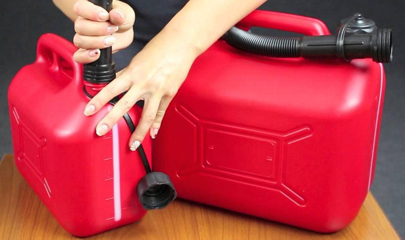 Канистры для хранения бензина