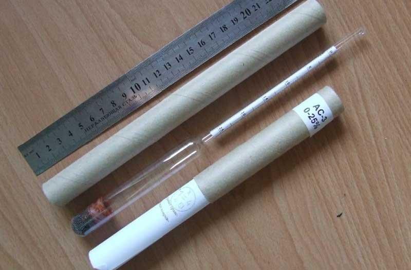 Ареометр для определения плотности электролита