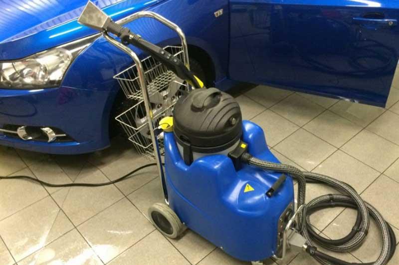 Парогенератор для чистки автомобиля