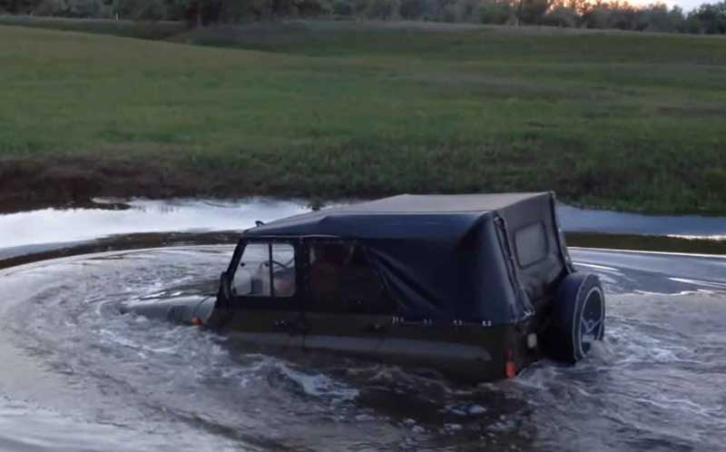 Переход реки вброд на автомобиле