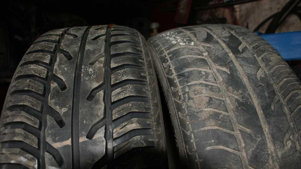 Стертый протектор на шине