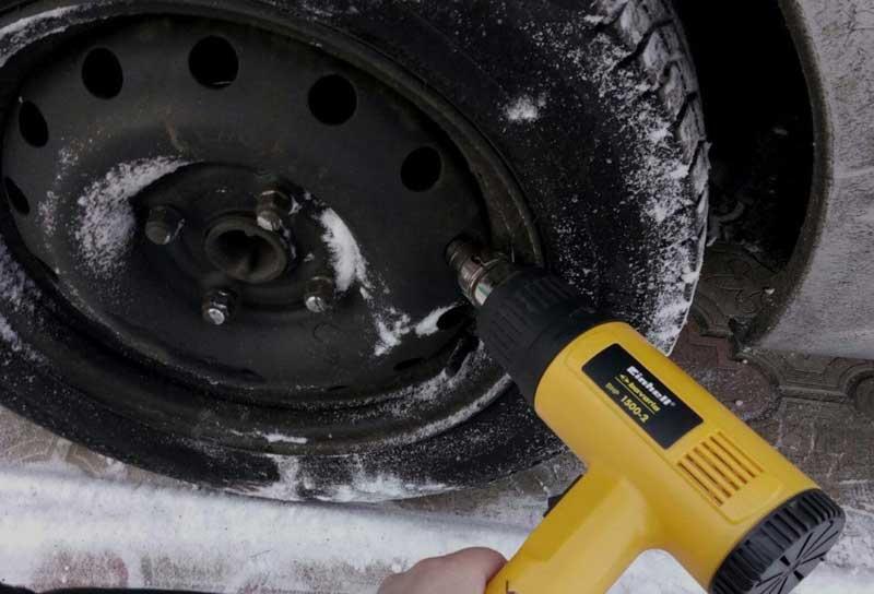 Строительный фен для разморозки ручника автомобиля
