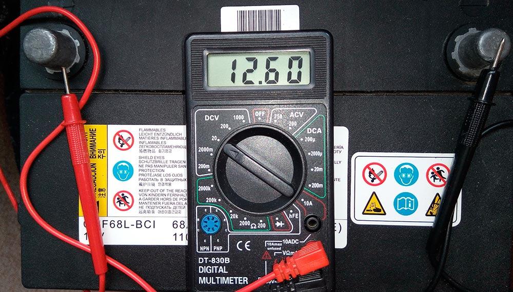 Как и до скольки вольт можно разряжать автомобильный аккумулятор