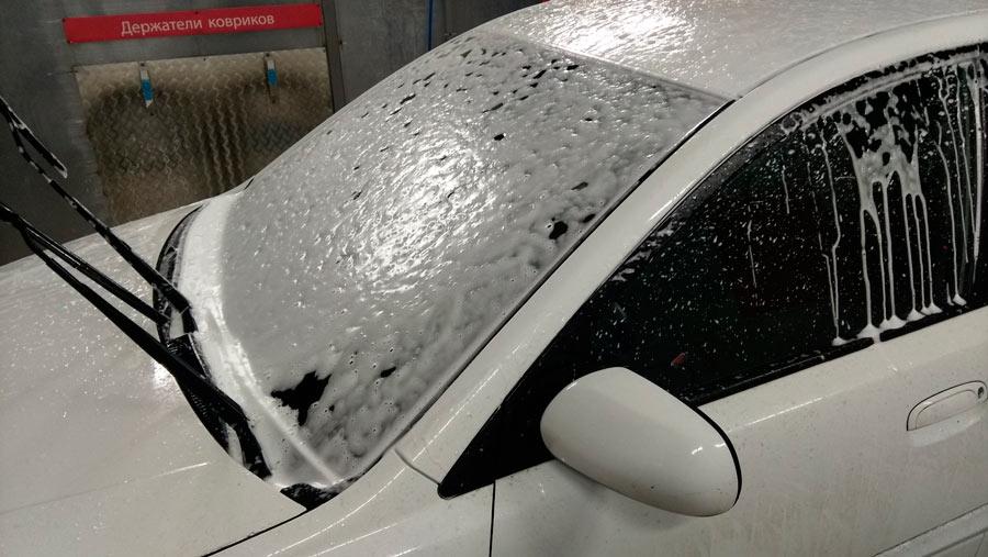 Мойка стекол автомобиля